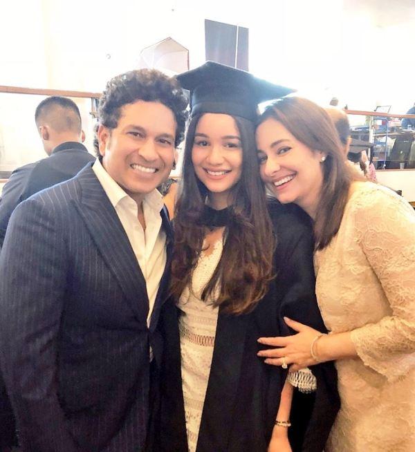 Sara Tendulkar on her graduation day with mother Anjali and father Sachin